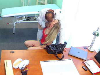 Fake Hospital - Slim blonde uses her sexy body and tongue to get a job