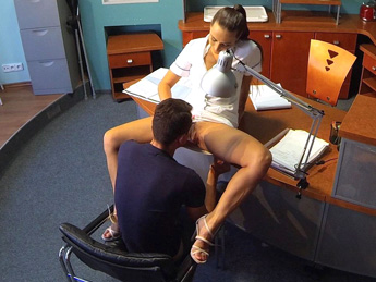 Fake Hospital - Nurse cures studs depression by letting him cum all over her pussy