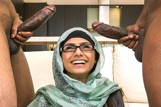 Mia Khalifa - My Big Black Threesome