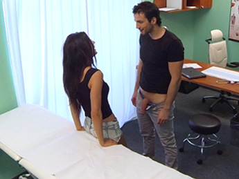 Fake Hospital - Couple fuck in empty doctors office