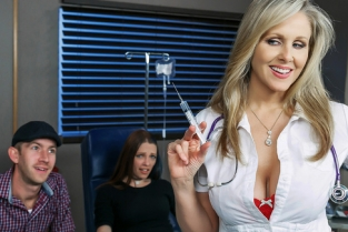 Hot Nurse Gets The Cock Pumpin' Julia Ann, Danny D