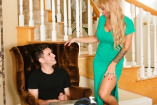 TrickySpa - Mom's A Pool Boy Addict: Part Two Alyssa Lynn, Brad Knight