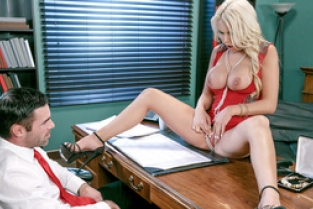 DigitalPlayGround - The Pearl Necklace: Kenzie Taylor, Charles Dera