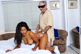BluePillMen - Glenn Finishes The Job Tara Foxx