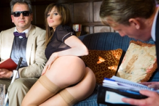 DigitalPlayGround - The Blind Professor: Ava Courcelles, Luke Hardy