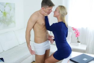 Female Agent - Sexy Agent Loves Stud's Big Cock
