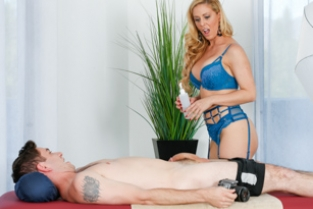 Fantasy Massage - Pose For Me Mommy Cherie DeVille, Brad Knight