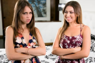 GirlsWay - Twinning 2: Part Two Riley Reid, Melissa Moore