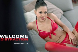 Babes - Apolonia Lapiedra Welcome Distraction