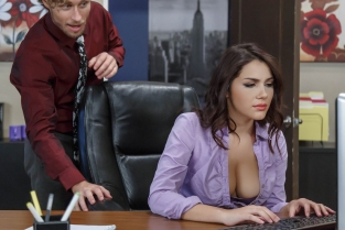 All Natural Intern Michael Vegas, Valentina Nappi