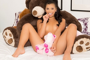 JulesJordan - Gina Valentina Hot Latina Teen Loves Being A Puta