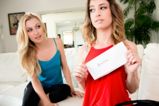 Web Young - Crush on You Alexa Grace, Kristen Scott