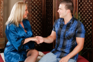 Fantasy Massage - No Experience Needed Maya Devine, Codey Steele