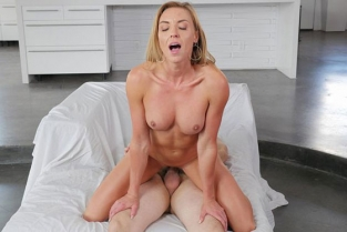 PureMature - Kate Linn Horny Housewife Holiday