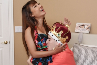 Mommy Issues: Part 2 Jordi El Niño Polla, Tiffany Rain