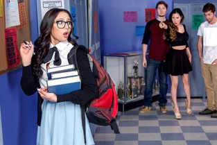 DigitalPlayground - Ariana Marie Nerds Episode 1