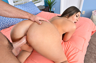 NaughtyAmerica - Cassidy Banks & Charles Dera in I Have a Wife