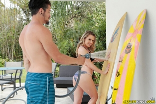 RealityKings - Aubrey Sinclair Surfing With Stepsister TeensLoveHugeCocks