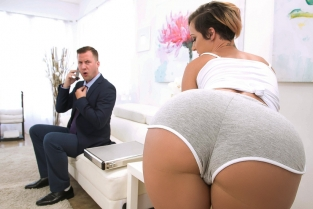 Taking Care Of Businessman Jada Stevens, Jessy Jones