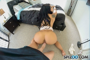 Spizoo - Gina Valentina Private TAPE