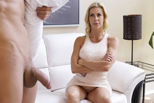 MomsTeachSex - Alexis Fawx Let Mommy Help You