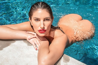 DigitalPlayground - August Ames A Hot Day In August