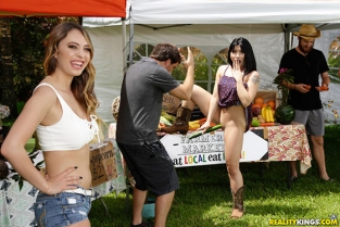 RealityKings - Quinn Wilde, Rina Ellis Farmers Market Sluts WeLiveTogether