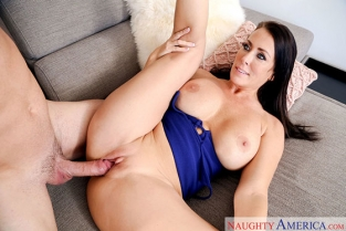 NaughtyAmerica - Reagan Foxx My Friends Hot Mom