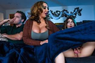 Mind If Stepmom Joins You? Kristen Scott, Richelle Ryan, Kyle Mason