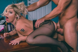 DigitalPlayground - Hadley Viscara Role Reversal