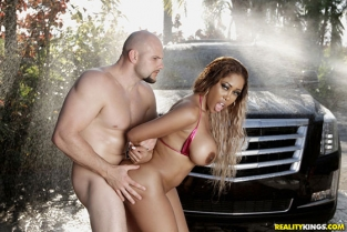 RealityKings - Moriah Mills Round Brown And Soapy Wet RoundAndBrown