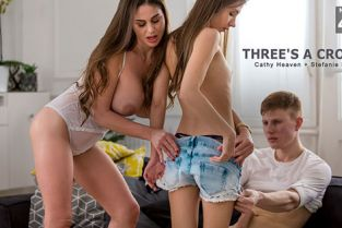StepMomLessons - Cathy Heaven, Stefanie Moon Three's A Crowd