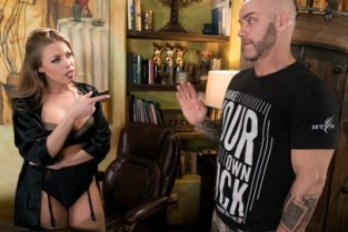 NuruMassage - The Critic Britney Amber, Derrick Pierce