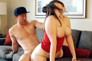 KellyMadison - River Fox Delivery Girl