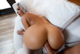 Big Wet Bridal Butt Cali Carter, Keiran Lee