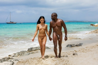 Blacked - Spring Break BBC Apolonia Lapiedra & Joss Lescaf