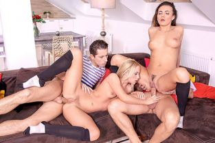 Private - Vanessa Decker, Vinna Reed Prefer An Anal Orgy