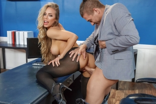 Summertime And The Livin' Is Sleazy Nicole Aniston, Xander Corvus