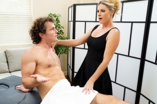 Fantasy Massage - Milf Therapy India Summer, Robby Echo