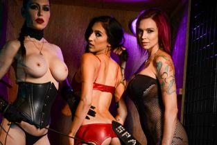 Spizoo - Anna Bell Peaks, Destiny Lovee, Jessica Jaymes Destiny Loved Got Caged