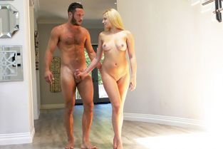 Passion HD - Sophia Lux Pleasurable Package