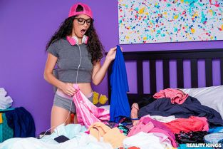 RealityKings - Gabriela Lopez Clean Your Room Again RKPrime
