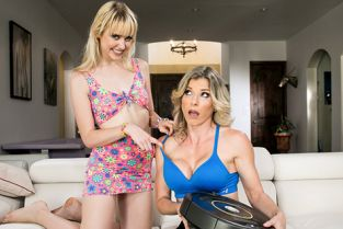 MommysGirl - Chloe Cherry, Cory Chase Making Mom Pay