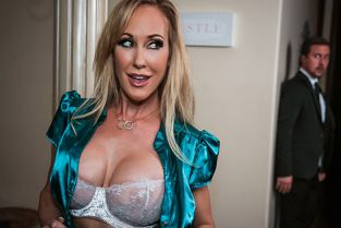 DigitalPlayground - Brandi Love Bodyguard Bang