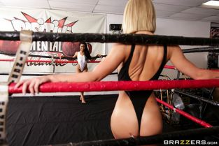 Carter Cruise, Kira Noir Slippery Showdown HotAndMean