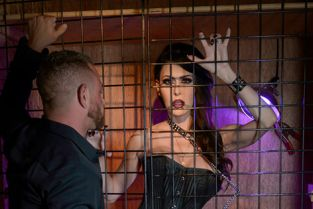 Spizoo - Jessica Jaymes Got Caged