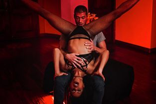 DigitalPlayground - Kira Noir Silent Dancer