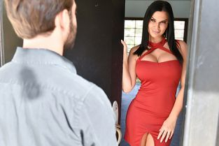 MomDrips - Jasmine Jae Cream Filling The Void