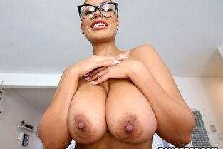 BangBros - Bridgette B Amazed By This Long Cock MonstersOfCock