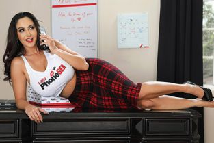 Ava Addams The Package BrazzersExxtra